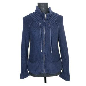 American Eagle woman's zip up sweater